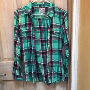 Old Navy Plaid shirt size medium